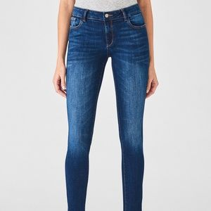 DL1961Emma Low Rise Skinny in Sulton Size 25